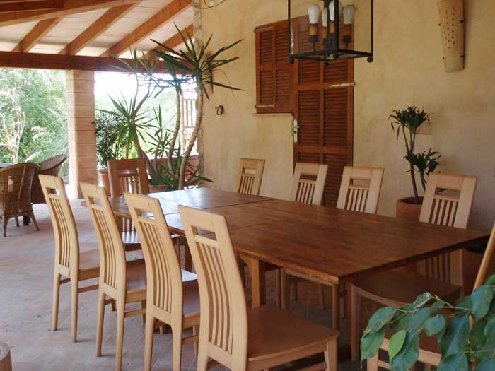 Terrasse mit Esstisch Finca Arta Mallorca 10 Personen PM 574
