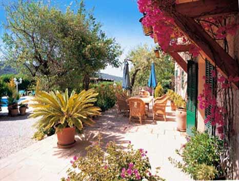 Terrasse mit Esstisch Finca Mallorca 6 Personen Pool PM 120