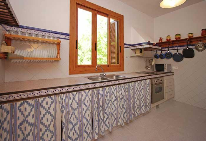 Kueche Finca Mallorca mit Pool für 8 Personen PM 135