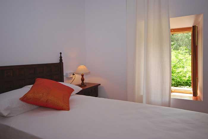 Schlafzimmer 4b Finca Mallorca mit Pool für 8 Personen PM 135