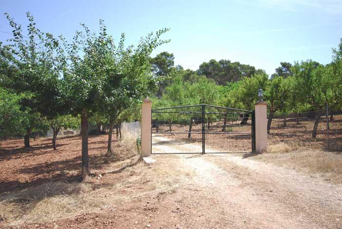Tor Finca Mallorca mit Pool für 8 Personen PM 135
