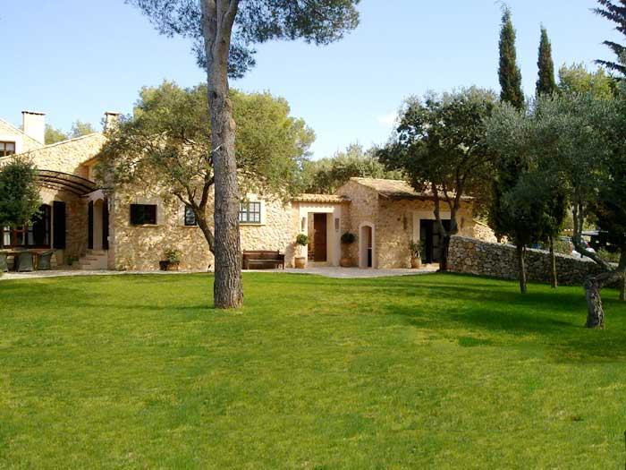 Exklusive Finca Mallorca  für 9 Personen Westküste PM 233