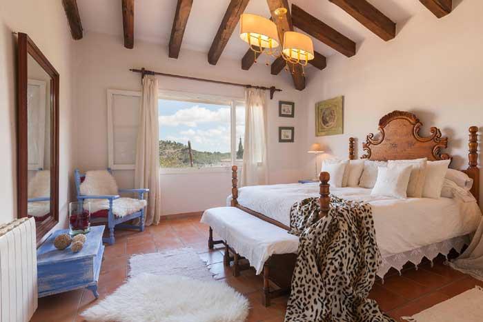 Schlafzimmer 2 Finca Mallorca mit Pool für 8 Personen PM 3023
