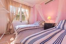 3. Schlafzimmer Finca Mallorca mit Pool für 8 Personen PM 3023