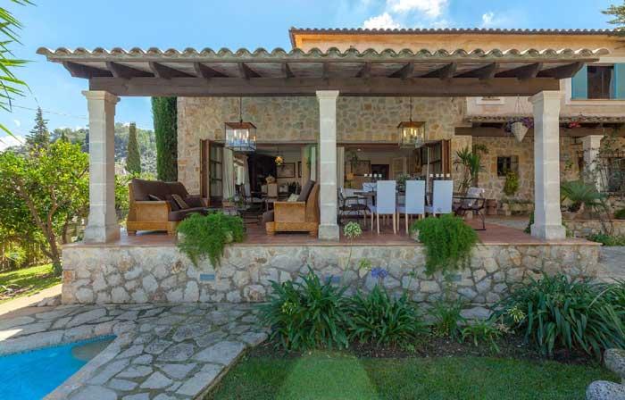 Terrasse oben Finca Mallorca mit Pool für 8 Personen PM 3023
