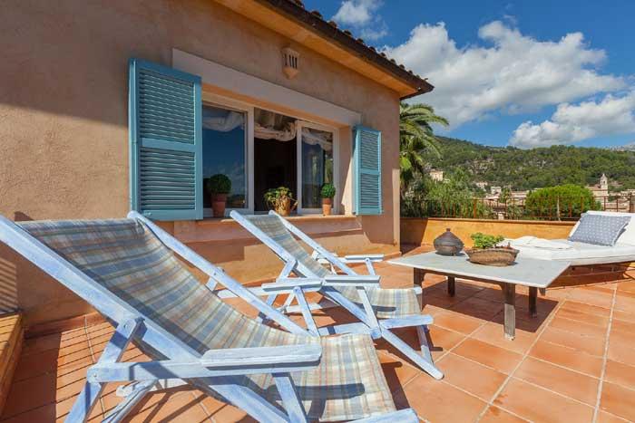 Obere Terrasse Finca Mallorca mit Pool für 8 Personen PM 3023