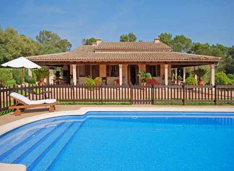 Großer Pool umzäunt Große Finca Mallorca PM 3065 für 11 - 16 Personen