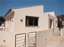 Blick auf Ferienhaus Mallorca Pool Strandnähe Aircondition WLAN PM 3491