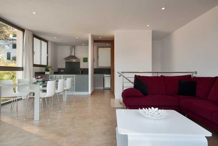 Wohnzimmer Ferienhaus Mallorca  50 m zum Strand Aircondition Pool Internet PM 3493