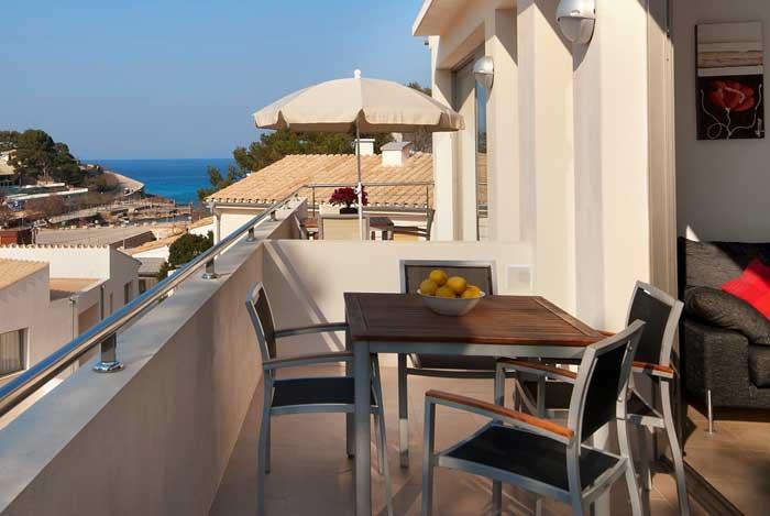 Terrasse mit Meerblick Ferienhaus Mallorca am Strand 6 Personen WiFi PM 3494
