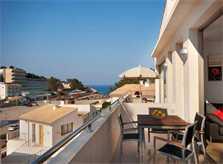 Terrasse Ferienhaus Mallorca Pool Klimaanlage Internet Strand 50 m PM 3494
