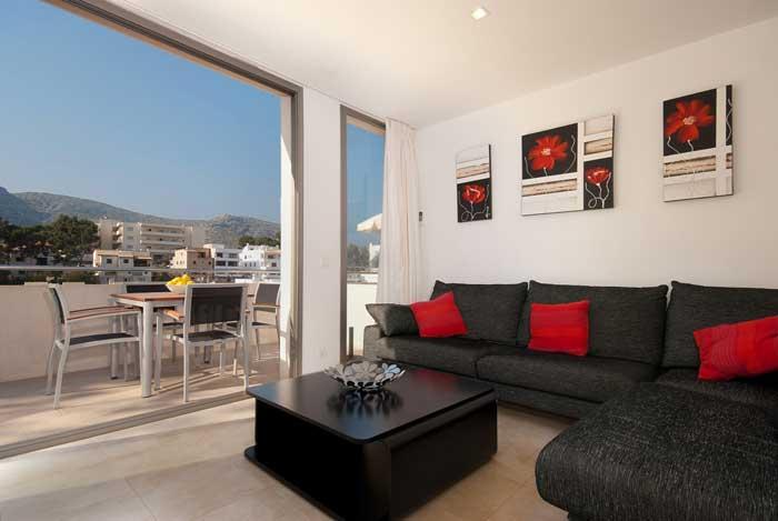 Sofalandschaft Ferienhaus Mallorca am Strand Internet Klimaanlage PM 3494