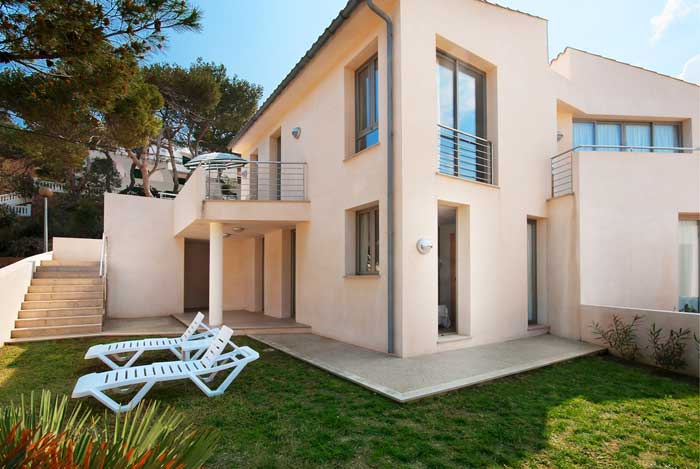Garten Ferienhaus Mallorca Strandnaehe 6 Personen Pool Klimaanlage PM 3495