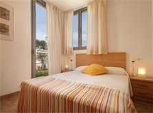 Schlafzimmer 3 Ferienhaus Mallorca mit Pool am Strand  Klimaanlage PM 3495