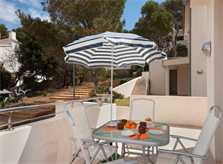 Terrasse Ferienhaus Mallorca Strandnaehe Pool Klimaanlage WLAN PM 3495