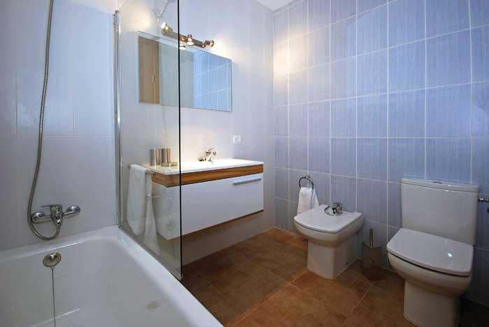 Badezimmer Ferienhaus Mallorca Pool 6 Personen Klimaanlage Strandnähe PM 3497