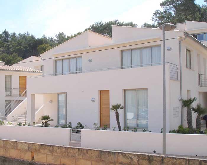 Ansicht 2 Ferienhaus Mallorca am Strand Gemeinschaftspool 6 Personen PM 3497