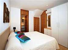 Doppelschlafzimmer Ferienhaus Mallorca mit Pool Strandnah 6 Personen PM 3497