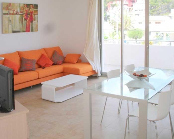 Wohnzimmer Ferienhaus Mallorca 50 m vom Strand  Pool Klimaanlage PM 3497