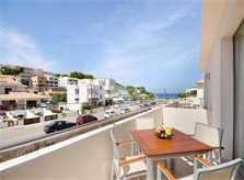 Balkon mit Blick zum Meer Ferienhaus Mallorca mit Pool 6 Personen Airconditon Strandnah PM 3498