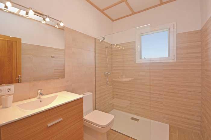 modernes Badezimmer 2 Finca Mallorca mit Pool PM 3709
