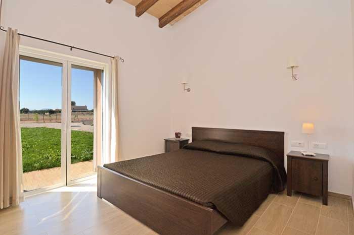 Schlafzimmer 2 Finca Mallorca mit Pool PM 3709