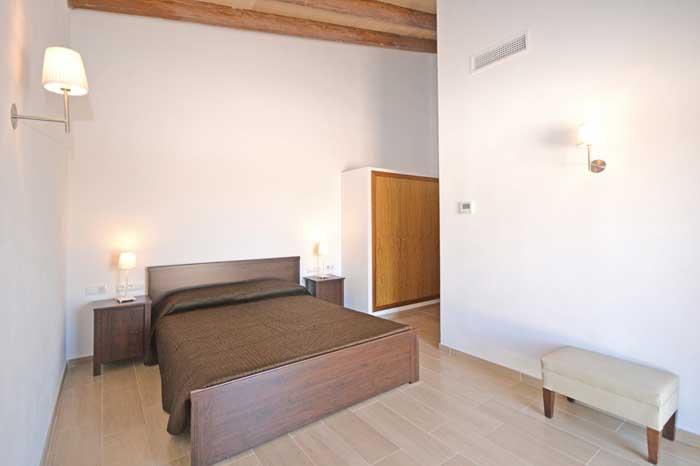Schlafzimmer  b Finca Mallorca mit Pool PM 3709