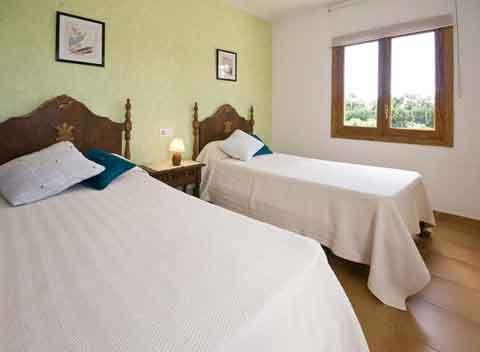 finca pm 3725 mit pool f r 10 personen bei alcudia im norden von mallorca vermietung steiner. Black Bedroom Furniture Sets. Home Design Ideas