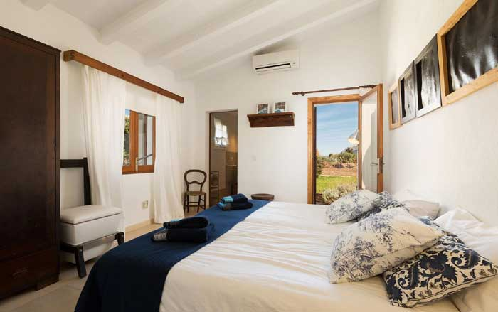 Schlafzimmer Finca Mallorca mit Pool PM 3812