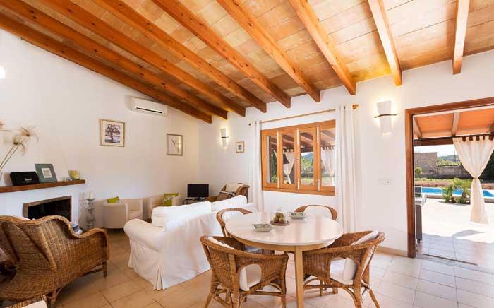 Wohnraum 2 Finca Mallorca mit Pool PM 3812
