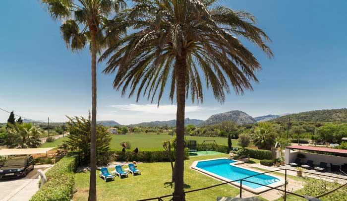 Blick in die Landschaft Finca Mallorca Pollensa für 6 Personen PM 3886