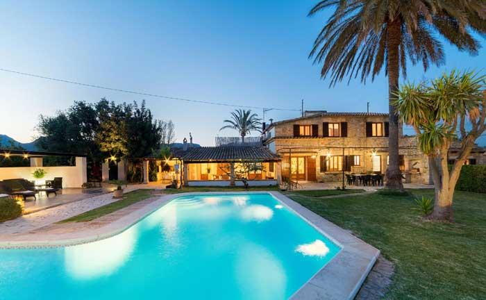 Pool am Abend Finca Mallorca Pollensa für 6 Personen PM 3886