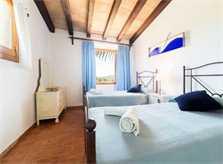 Schlafzimmer2 Finca Mallorca mit Pool für 6 Personen PM 3886