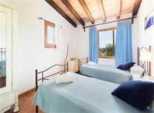 Schlafzimmer 3 Finca Mallorca mit Pool für 6 Personen PM 3886