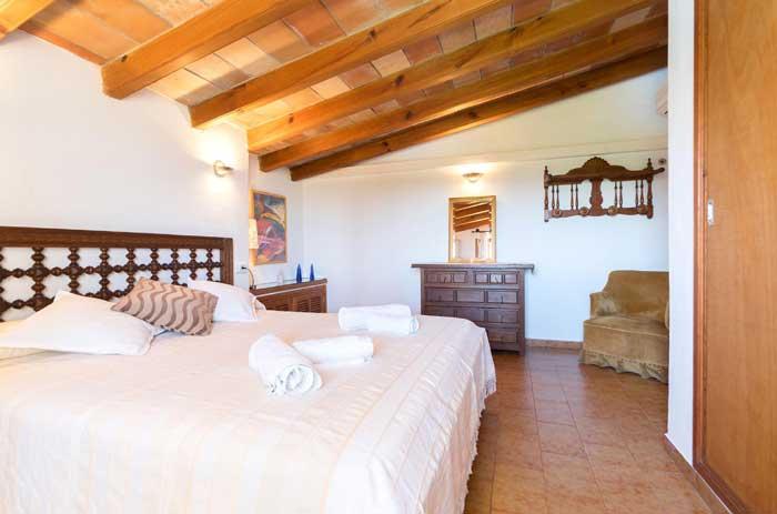 Schlafzimmer 5 Finca Mallorca mit Pool für 6 Personen PM 3886