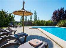 Poolblick Finca Mallorca mit Pool Pollensa PM 392