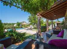 Terrasse Finca Mallorca mit Pool Pollensa PM 392