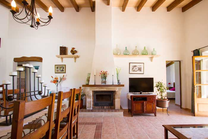 Wohnraum 2 Finca Mallorca mit Pool Pollensa PM 392