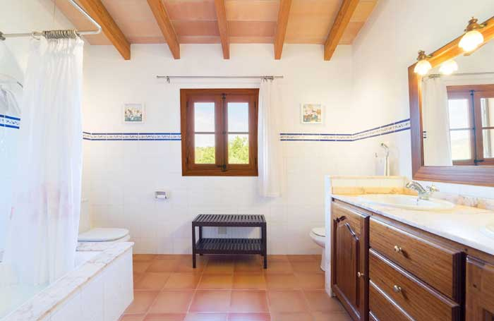 Badezimmer Finca Mallorca 8 Personen PM 3993