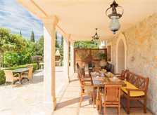 Terrasse Finca Mallorca mit Pool PM 3993