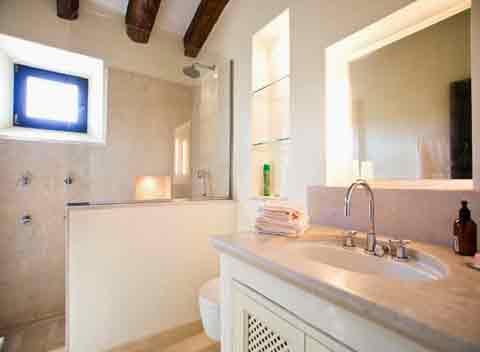 luxusfinca mallorca pm 530 f r 9 personen mit pool bei. Black Bedroom Furniture Sets. Home Design Ideas