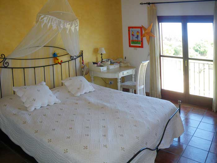 Schlafzimmer 2 Finca Mallorca PM 538 Exklusive Finca 8 Personen Capdepera