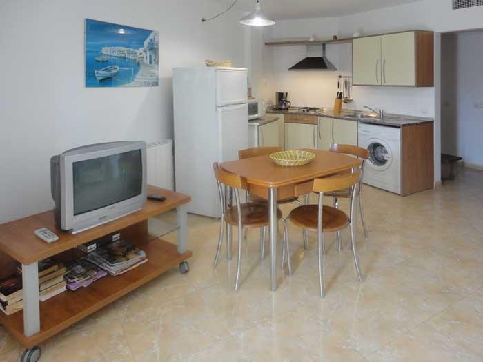 Wohnraum 2 Ferienwohnung Cala Ratjada 2 - 4 Personen PM 545 A