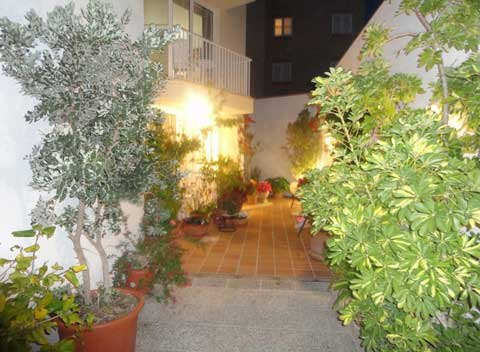 Patio Appartement Cala Ratjada Ferienwohnung Mallorca PM 545 A