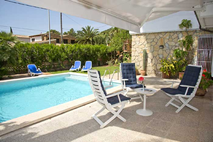 Pool und Terrasse Ferienhaus Cala Ratjada PM 5475