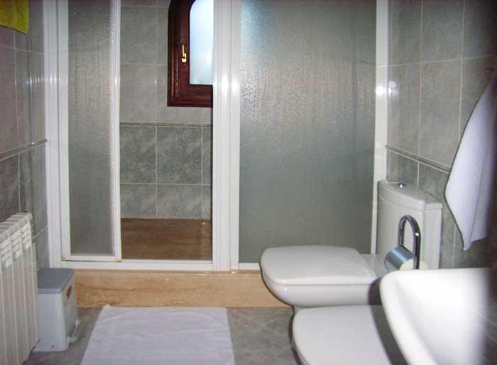 Badezimmer Finca Mallorca mit Pool Ferienwohnung 2 - 4 Personen PM 5491