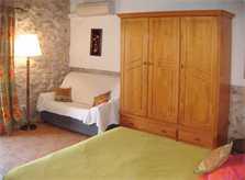 Schlafzimmer 2 Finca Mallorca mit Pool bei Arta PM 5492