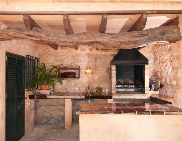 Aussenkueche Finca Mallorca mit Pool für 8 Personen bei Arta PM 569