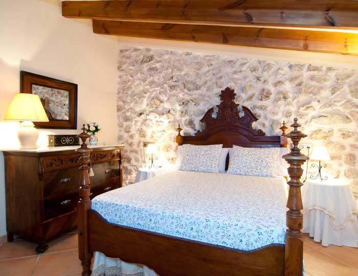Schlafzimmer 4b Finca Mallorca mit Pool für 8 Personen bei Arta PM 569