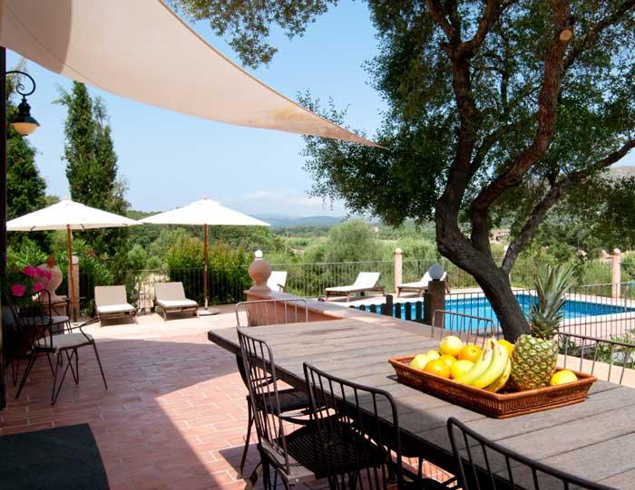 Terrasse Finca Mallorca mit Pool für 8 Personen bei Arta PM 569